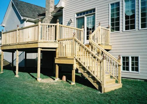 Chicago Custom Cedar Wood Deck Contractor