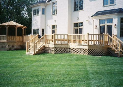 Custom Cedar Wood Deck in Arlington Heights