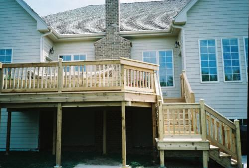 Custom Wooden Cedar Deck Builders in Chicago